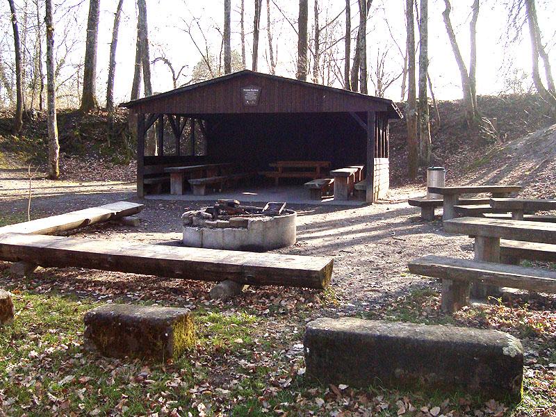 grillplatz mit spielplatz